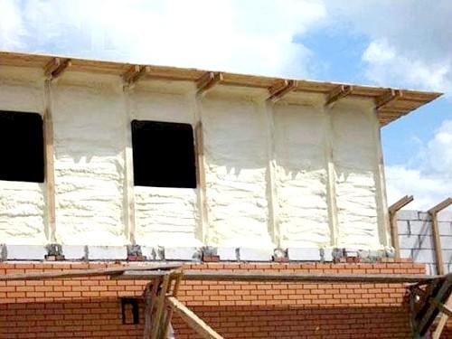 Фото - Сучасні матеріали для утеплення стін будинку