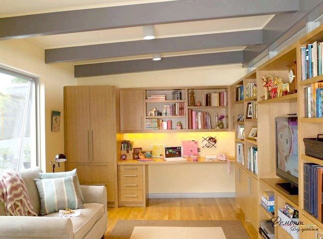 Фото - Оптимальне облаштування робочого місця у вітальні кімнаті