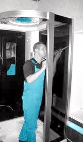 Фото - Монтаж душової кабіни з мінімальними витратами праці і засобів