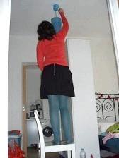 Фото - Інциклопедія: як правильно вкрутити лампочку