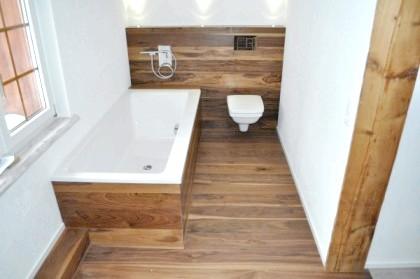 Фото - Дерев'яна підлога у ванній: сучасні технології дозволяють і це!