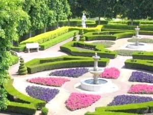 Фото - Французький регулярний сад: особливості ландшафтного дизайну саду в регулярному стилі