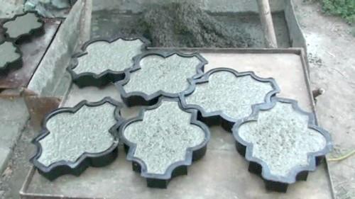 Фото - Виготовляємо тротуарну плитку в домашніх умовах