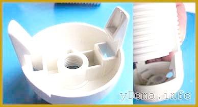 Кріплення електричного патрона з безгвинтовими контактними зажимами засувками.