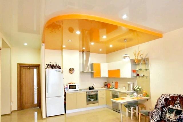 Фото - Як відремонтуваті стелю на кухні своїми руками