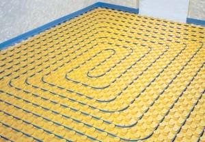 Фото - Яка підкладка для водяної теплої підлоги краще