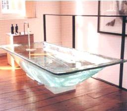 Фото - Скляна ванна: стильний атрибут або практичне виріб?
