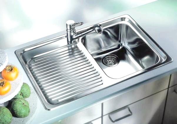 Фото - Неприємний запах з кухонної раковини