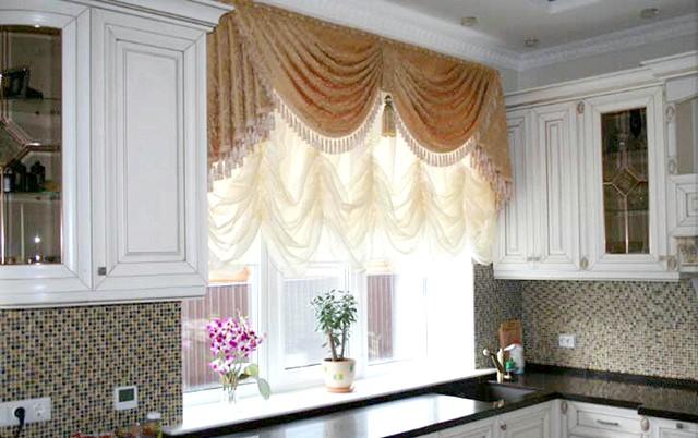 Фото - Нові штори на вікнах - перший крок до ідеального дизайну кухні або 33 фото-ідеї