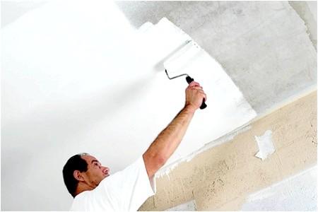 Фото - Самостійна побілка стелі: крейда, вапно або водоемульсійна фарба?