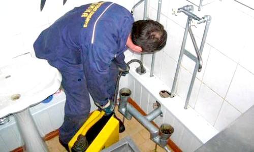 Фото - Самостійне усунення засмічення каналізаційних труб