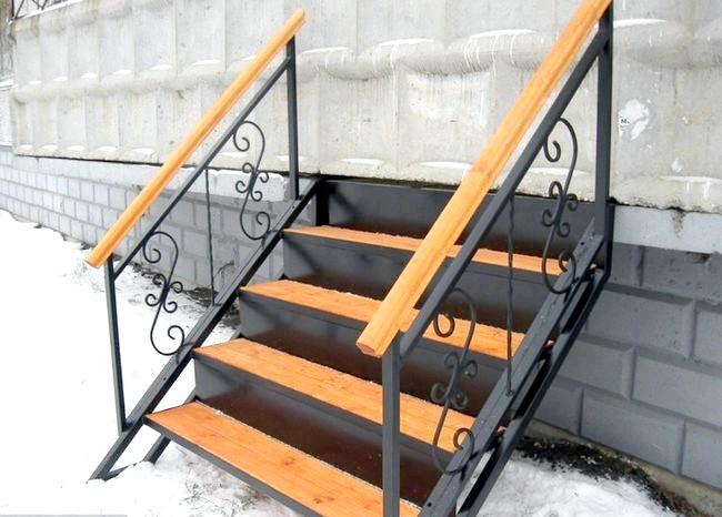 Фото - Зварна сходи - надійність і довговічність