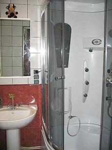 Фото - Тече душова кабіна. що робити?