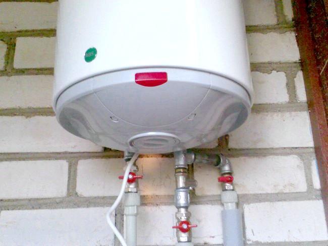 Фото - Пристрій і принцип дії накопичувального водонагрівача