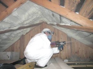Фото - Утеплення даху будинку пінополіуретаном