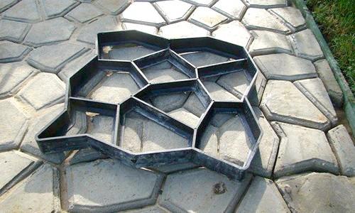 Фото - Варіанти саморобних форм для виготовлення тротуарної плитки