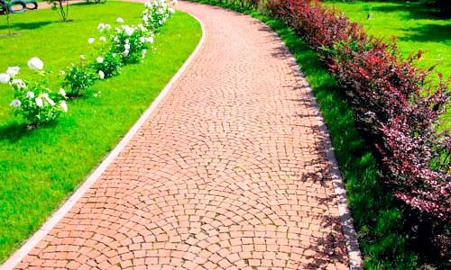Фото - Садові доріжки та особливості їх влаштування