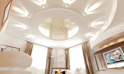 Фото - Як прикрасити інтер'єр вітальні за допомогою стелі
