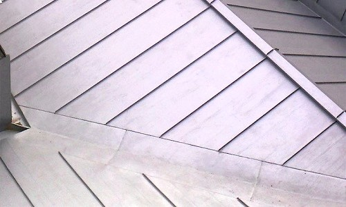 Фото - Міцна залізний дах - запорука вашого спокою