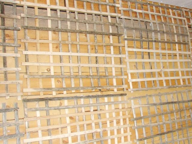 Фото - Штукатурка дерев'яних стін всередині і зовні будинку