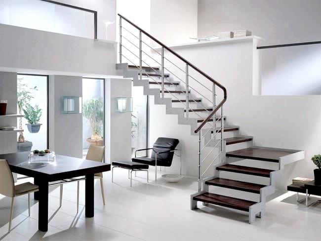 Фото - Спіральні сходи з металу своїми руками
