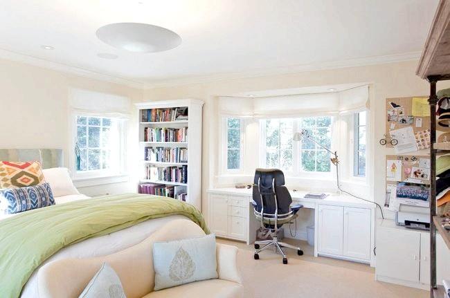 Спальня і робочий кабінет