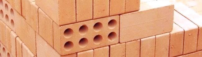 Фото - Характеристики та властивості керамічної цегли