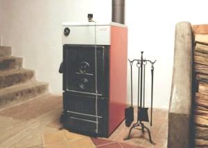 Фото - Якими бувають котли опалення для приватного будинку на твердому паливі