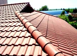 Фото - Яку металочерепицю для даху краще вибрати?
