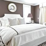 Спальня в шоколадному кольорі