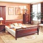 Романтична червоно-коричнева спальня
