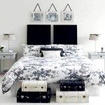 Вінтажна чорно-біла спальня