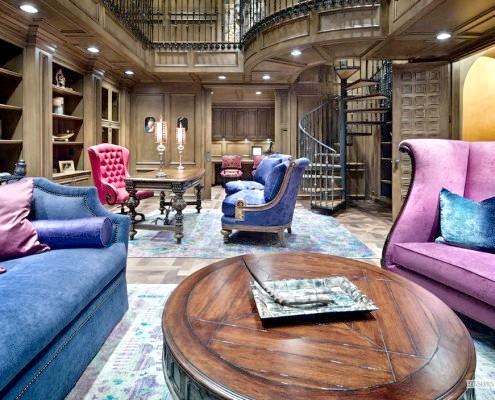 Синій диван та крісло