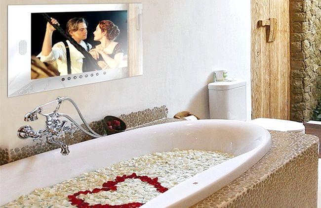Фото - Телевізор для ванної кімнати: даруємо собі комфорт класу люкс